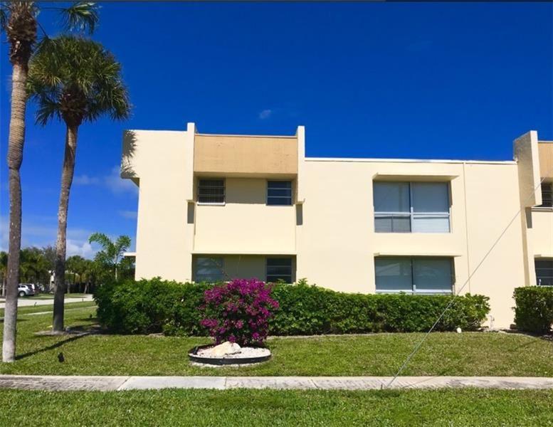 Photo of 541 NE 48th Street #204, Boca Raton, FL 33431 (MLS # F10272825)