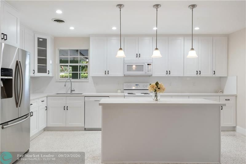 Photo of 301 NE 30th St, Wilton Manors, FL 33334 (MLS # F10247830)