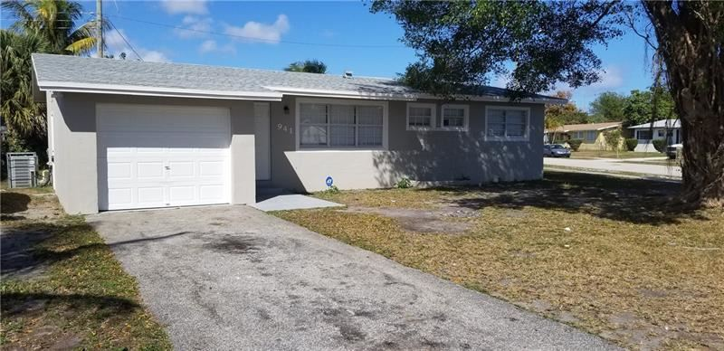 Photo of 941 NE 50 ST, Deerfield Beach, FL 33064 (MLS # F10270830)