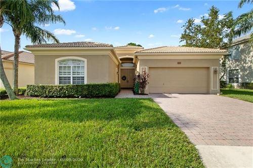 Foto de inmueble con direccion 4603 N San Andros West Palm Beach FL 33411 con MLS F10220831