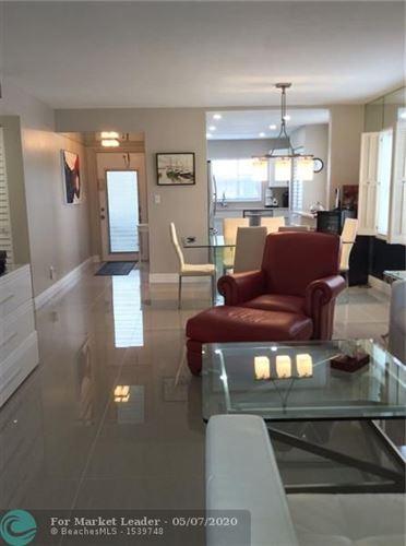 Foto de inmueble con direccion 9330 Sunrise Lakes Blvd #101 Sunrise FL 33322 con MLS F10227832