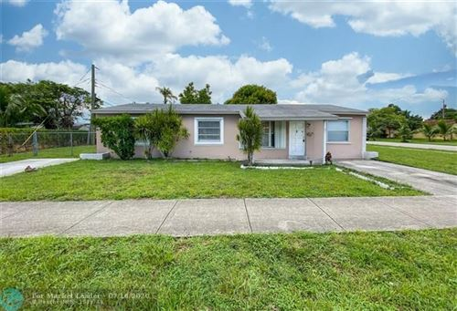 Photo of Listing MLS f10238842 in 1611 SW 61st Ave North Lauderdale FL 33068