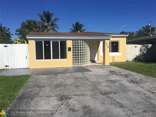 Foto de inmueble con direccion 1479 NE 172nd St North Miami Beach FL 33162 con MLS F10204844