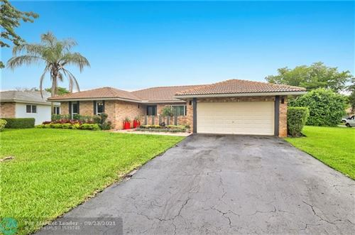 Photo of 817 NW 110th Ln, Coral Springs, FL 33071 (MLS # F10301845)