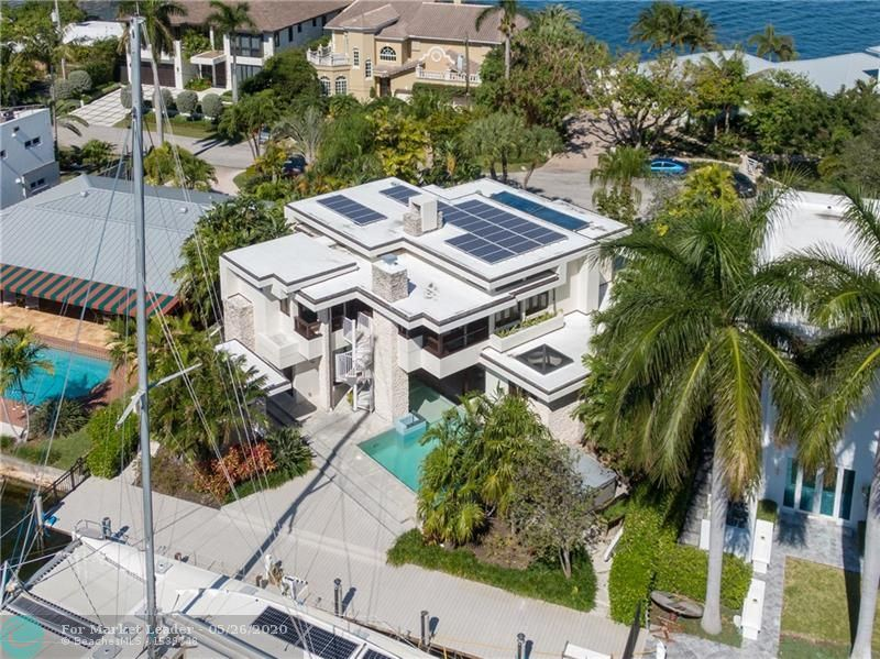 Photo for 1748 SE 13th St, Fort Lauderdale, FL 33316 (MLS # F10215847)