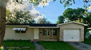 Photo of 710 SW 71st Ter, Pembroke Pines, FL 33023 (MLS # F10202850)