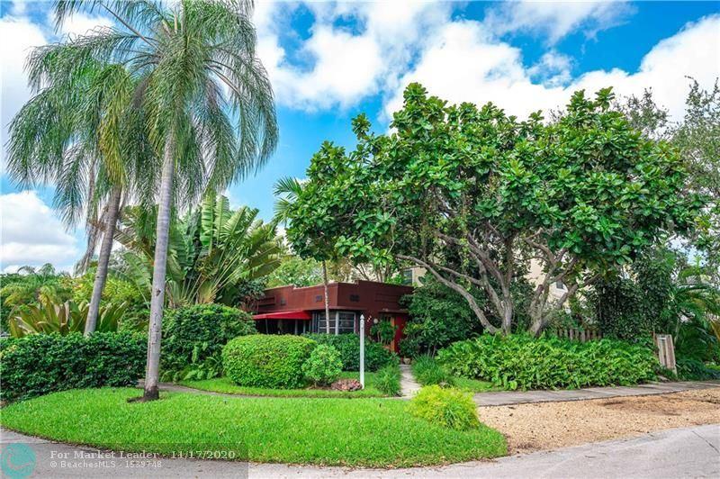 Photo of 525 NE 17th Way, Fort Lauderdale, FL 33301 (MLS # F10258850)