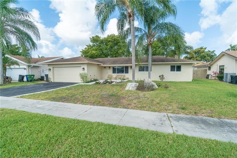 Photo of 6741 NW 26th Way, Fort Lauderdale, FL 33309 (MLS # F10275851)