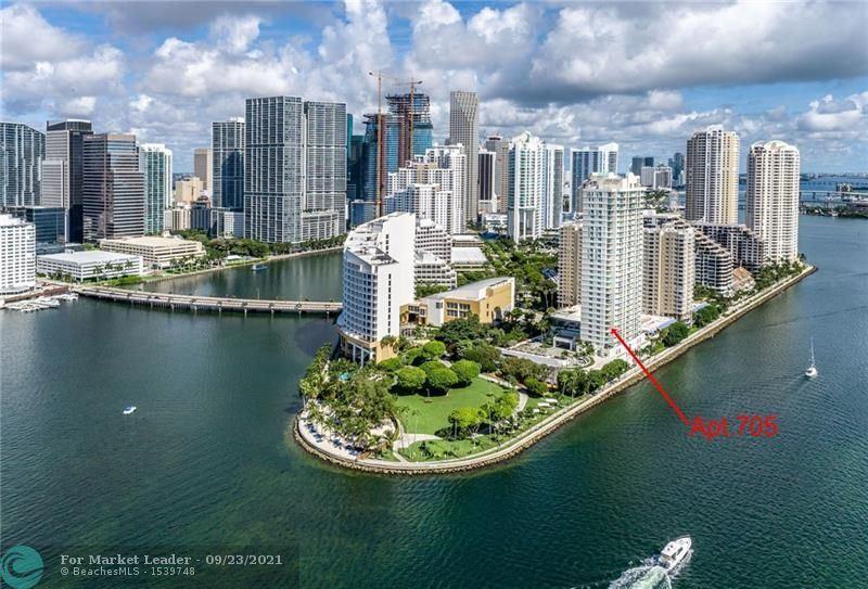 Photo for 800 Claughton Island Dr #705, Miami, FL 33131 (MLS # F10301852)