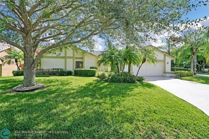 Photo of 641 NW 107th Ln, Coral Springs, FL 33071 (MLS # F10303854)