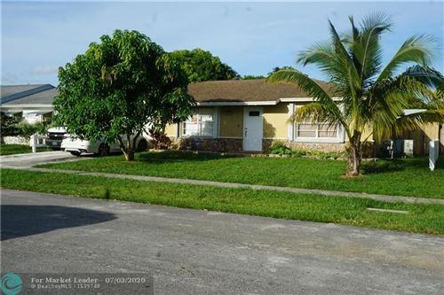 Foto de inmueble con direccion 980 SW 82nd Ave North Lauderdale FL 33068 con MLS F10234855