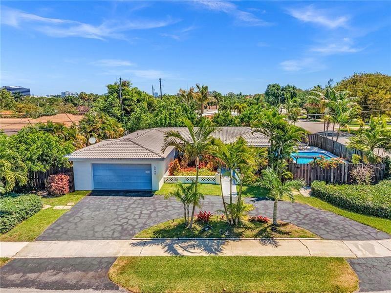 Photo of 5940 NE 21 Lane, Fort Lauderdale, FL 33308 (MLS # F10281857)