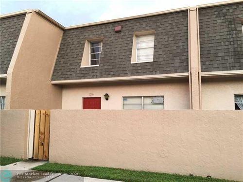 Photo of 3316 Quail Close #21, Pompano Beach, FL 33064 (MLS # F10237860)
