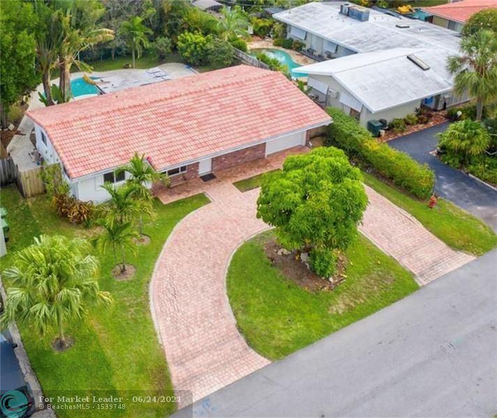Photo of 2018 NE 30th St, Fort Lauderdale, FL 33306 (MLS # F10289861)