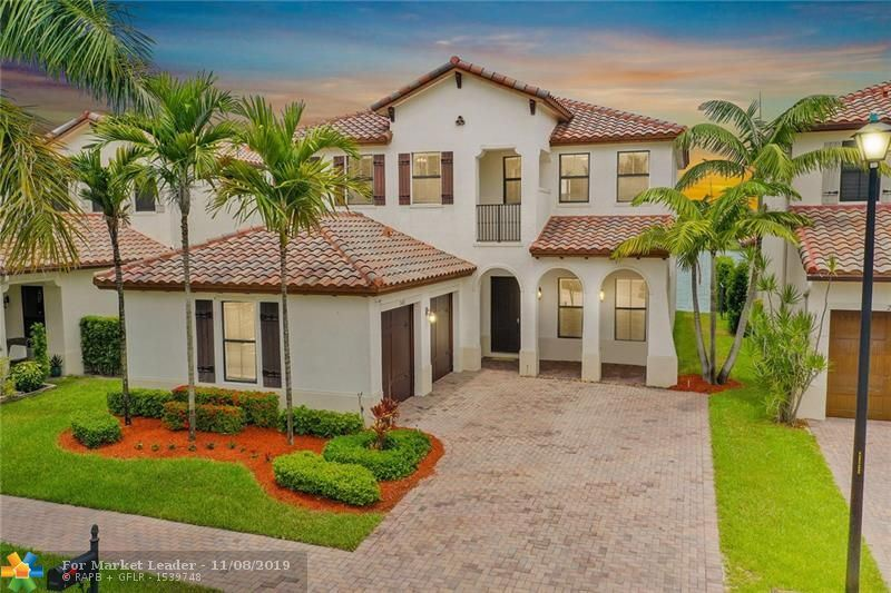 Photo for 2682 NW 83rd Ter, Cooper City, FL 33024 (MLS # F10179863)