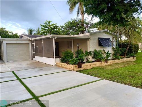 Photo of 4664 SW 38th Terrace, Fort Lauderdale, FL 33312 (MLS # F10249865)