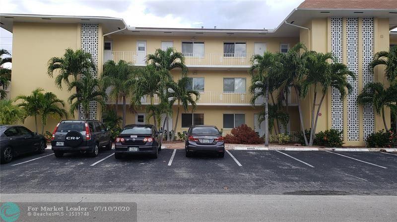 Photo of 3061 NE 49th St #2, Fort Lauderdale, FL 33308 (MLS # F10237874)