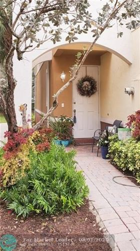 Photo of Listing MLS f10214875 in 7420 Willow Grove Pl #7420 Davie FL 33314