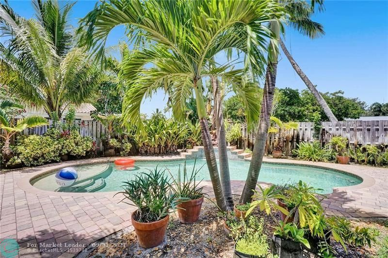 Photo of 2800 NE 26th Ave, Fort Lauderdale, FL 33306 (MLS # F10291877)