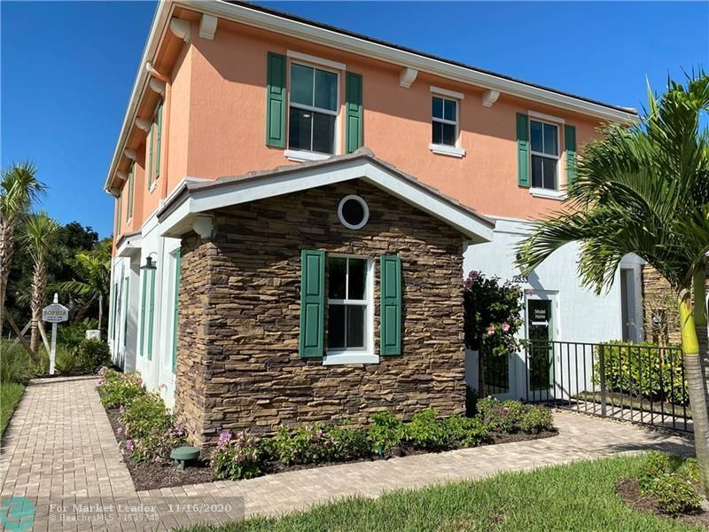 Photo of 12913 Trevi Isle Dr #32, Palm Beach Gardens, FL 33418 (MLS # F10258879)