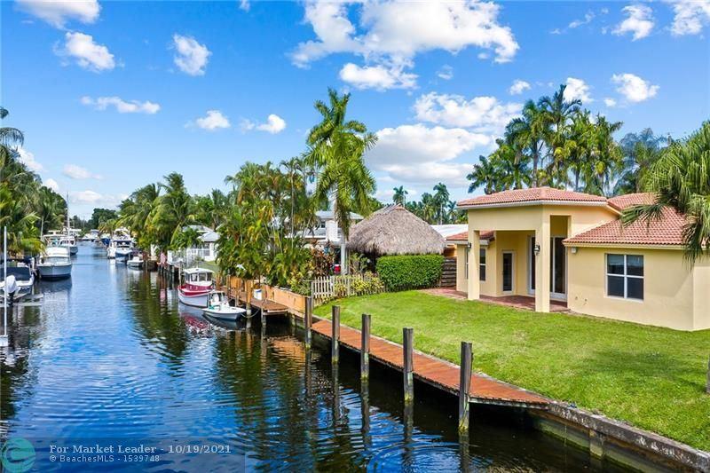 Photo of 2613 Gulfstream Ln, Fort Lauderdale, FL 33312 (MLS # F10304880)