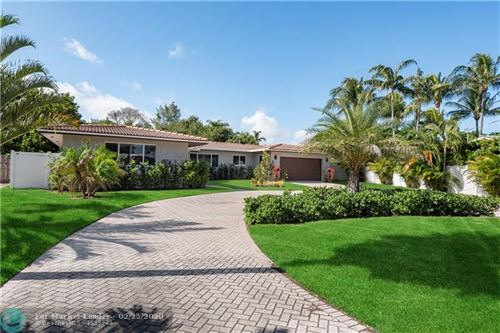 Photo of Listing MLS f10217883 in 2425 NE 22nd Ter Fort Lauderdale FL 33305