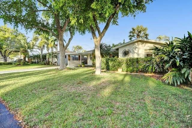 Photo of 2906 NW 5th Ave, Wilton Manors, FL 33311 (MLS # F10272888)