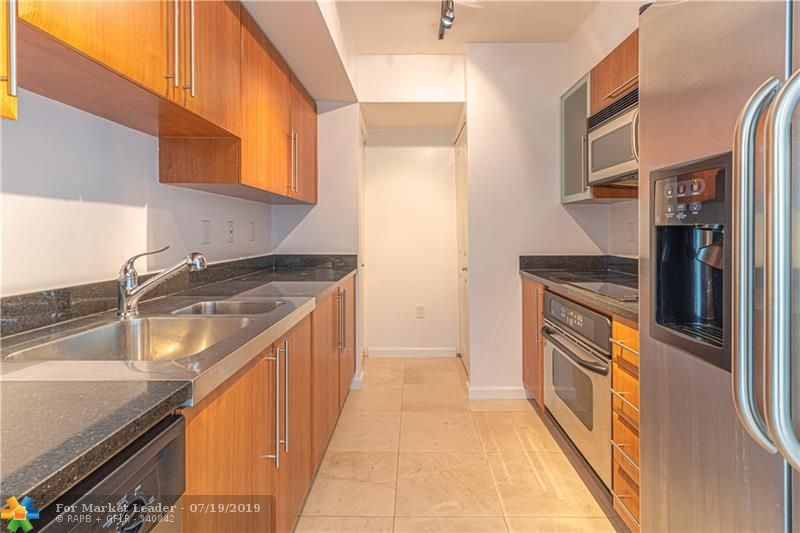 Photo of 610 W Las Olas BL. #1614, Fort Lauderdale, FL 33312 (MLS # F10184890)