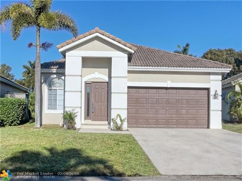 Photo of 1271 SW 44th Ter, Deerfield Beach, FL 33442 (MLS # F10206892)