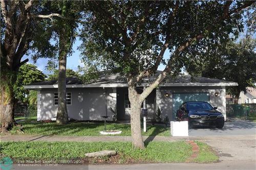 Photo of 170 SW 127th Ave, Plantation, FL 33325 (MLS # F10239897)