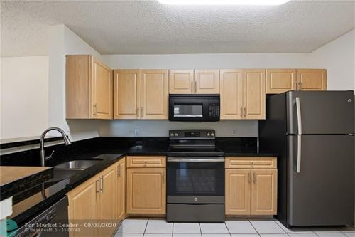 Foto de inmueble con direccion 11245 W Atlantic Blvd #305 Coral Springs FL 33071 con MLS F10246898