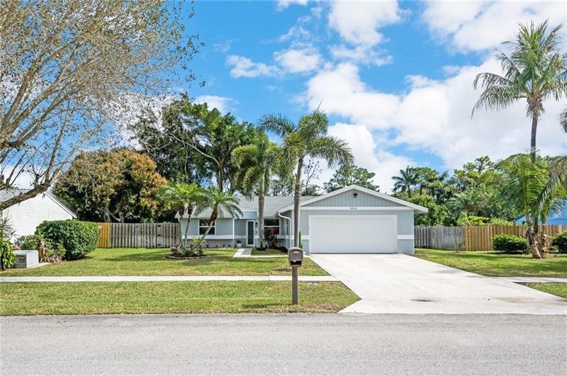 8406 Michael Dr, Boynton Beach, FL 33472 - #: F10272903