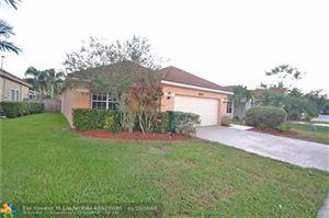 Photo of 8992 Lake Park Cir, Davie, FL 33328 (MLS # F10103906)