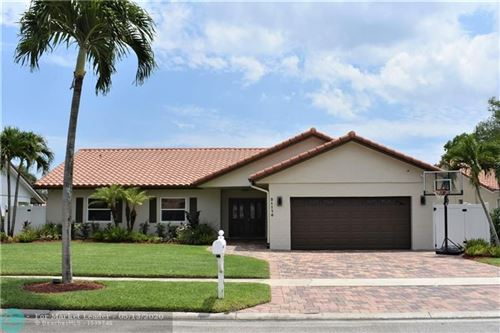 Photo of Listing MLS f10228906 in 21176 Escondido Way N Boca Raton FL 33433