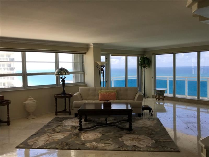 Photo of 3430 Galt Ocean Dr #1606, Fort Lauderdale, FL 33308 (MLS # F10270912)