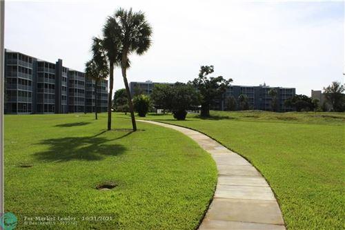 Photo of 250 NW 67th St #422, Boca Raton, FL 33487 (MLS # F10304916)