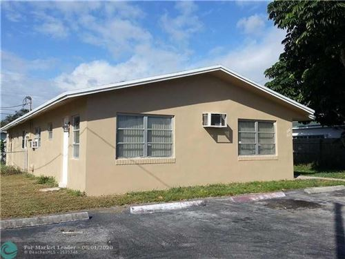 Photo of Listing MLS f10221917 in 310 SW 10th Ter Hallandale FL 33009