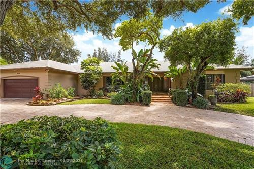 Photo of 3150 Calle Largo Dr, Hollywood, FL 33021 (MLS # F10296919)