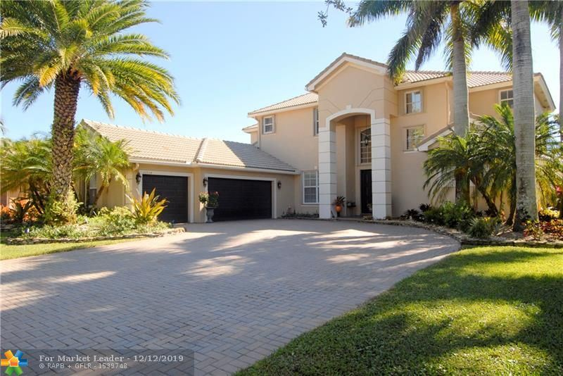 Photo for 10934 NW 71st Ct, Parkland, FL 33076 (MLS # F10205922)