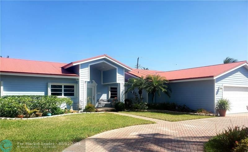 Photo of 2732 NE 25th St, Lighthouse Point, FL 33064 (MLS # F10282924)
