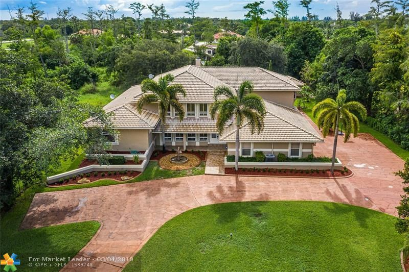 Photo for 6368 NW 79th Way, Parkland, FL 33067 (MLS # F10187927)