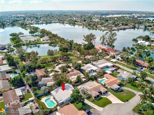 Photo of 1660 NW 42nd St, Oakland Park, FL 33309 (MLS # F10204932)