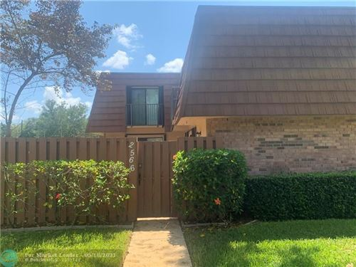 Photo of 2566 Camelot Ct, Hollywood, FL 33026 (MLS # F10284932)