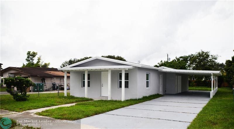 Photo of 4340 SW 56th Ave, Davie, FL 33314 (MLS # F10232933)