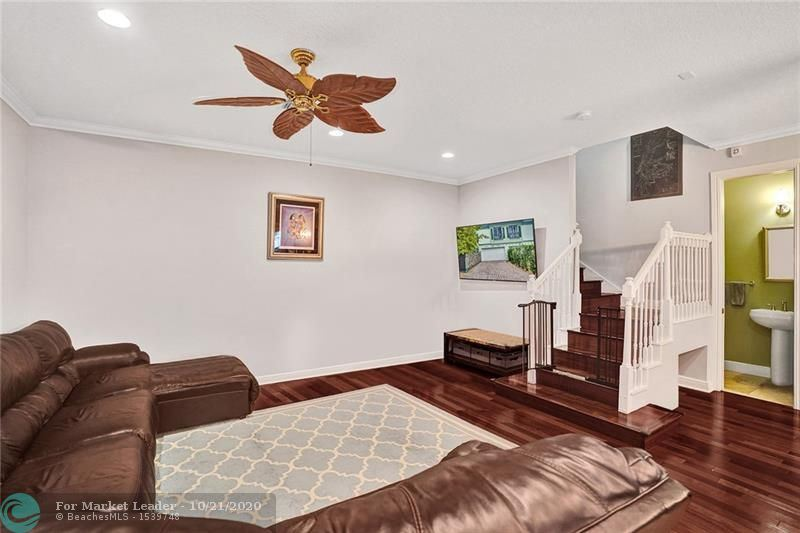 Photo of 1110 SE 4th Ave #1110, Fort Lauderdale, FL 33316 (MLS # F10254933)