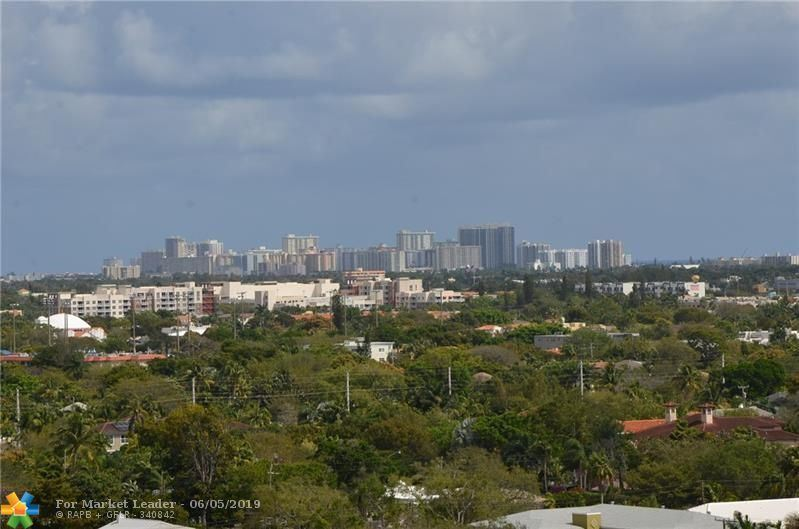 Photo for 100 N Federal Hwy #PH1416, Fort Lauderdale, FL 33301 (MLS # F10178937)