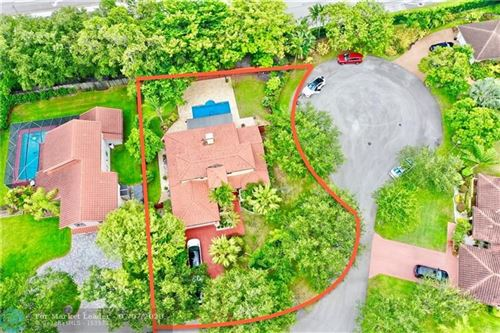 Photo of 1000 NW 93rd Ave, Plantation, FL 33322 (MLS # F10235938)