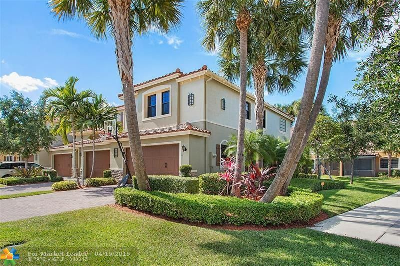 Photo for 10807 NW 73rd Ct #10807, Parkland, FL 33076 (MLS # F10171942)