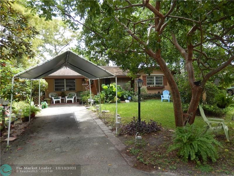 Photo of 4310 NW 19th Ave, Oakland Park, FL 33309 (MLS # F10303947)