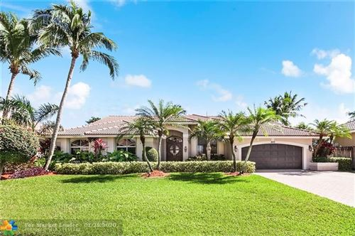 Photo of 400 NW 110th Ave, Plantation, FL 33324 (MLS # F10213951)